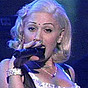 click here to see Gwen Stefani
